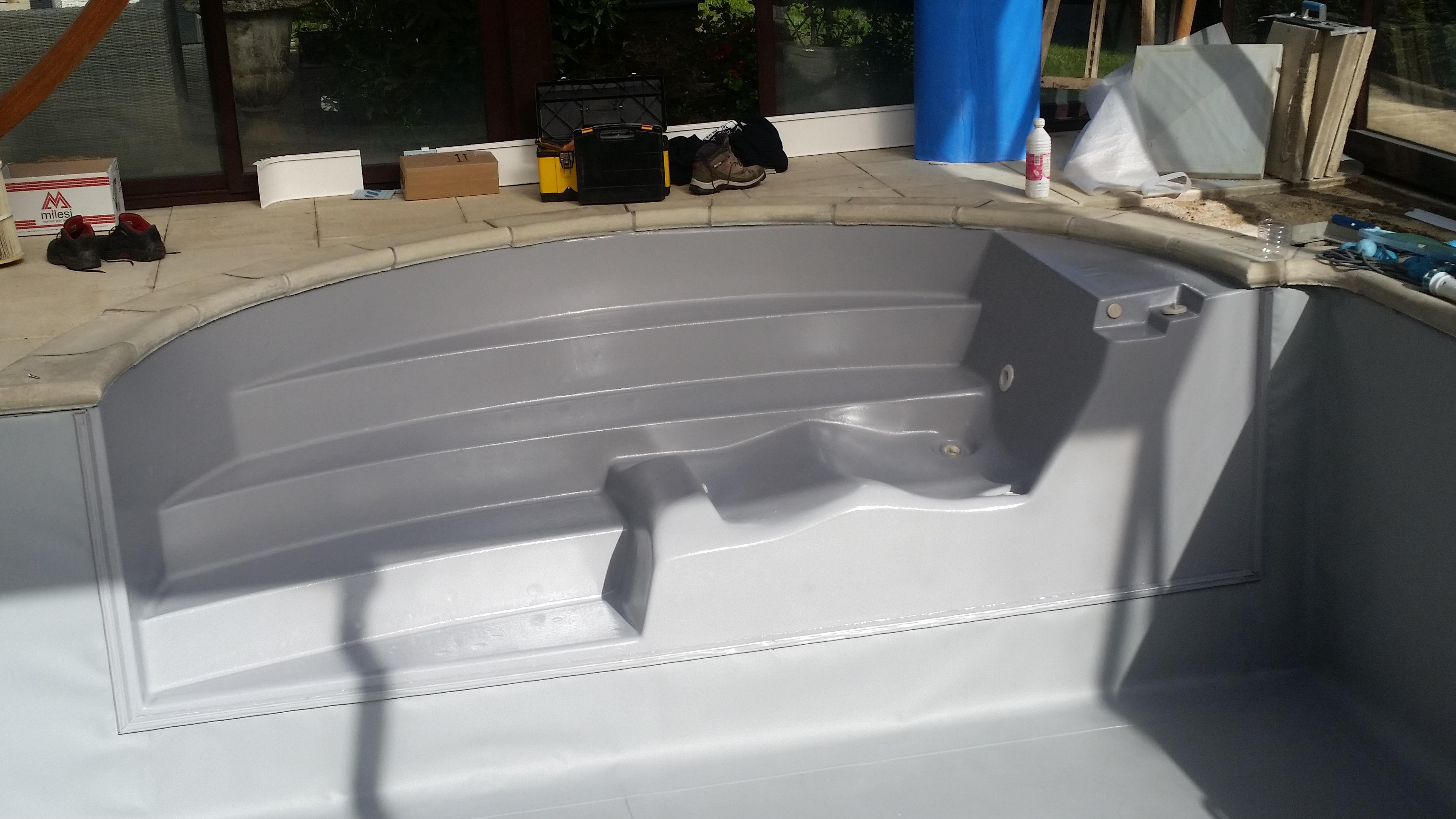 Peinture gris clair r novation piscine rh nes alpes for Peinture pour piscine