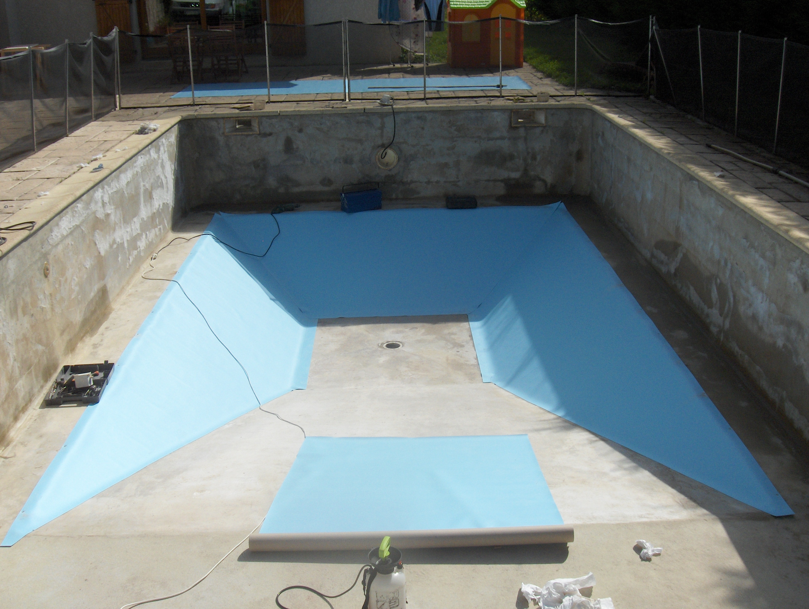 Prix pvc arme piscine photos de conception de maison for Prix liner pour piscine