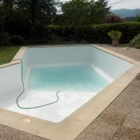 Pvc arm sur bassin r nov r novation piscine rh nes alpes for Prix liner pvc arme