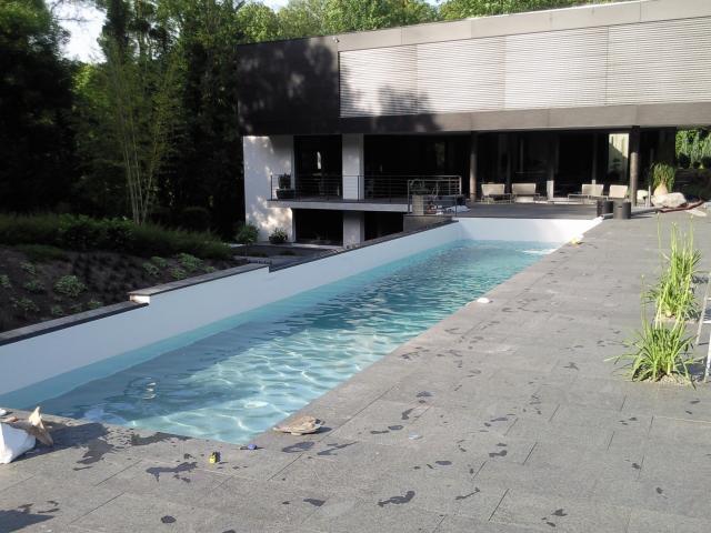 murs blanc et fond gris clair r233novation piscine rh244nes